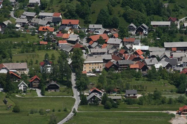 Jerebikovec (Mežakla), 11.6.2006 - foto povečava