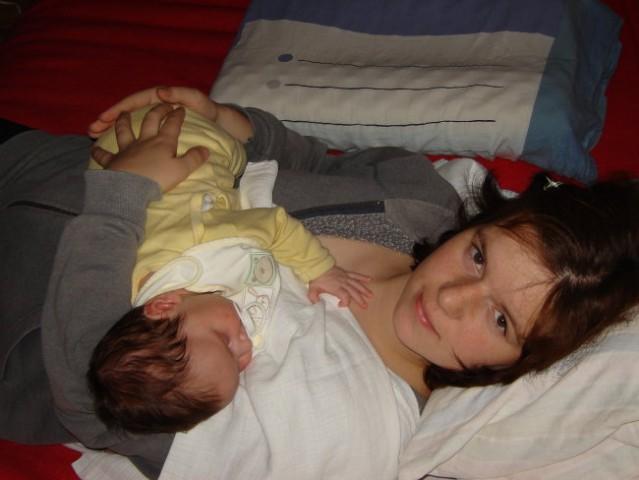 Tako pa se tolažimo pri krčkih - in zaspimo :)
