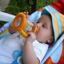 Pa še malo čajčeka - ga kar sam pijem  ;)