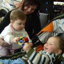 Teja in Žan se zabavata po svoje ;)