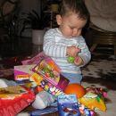 . . . jooj same sladkarije , dedek Mraz pa je res dober stric ;)