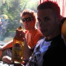 na avtobusu je Tequila ostala še cela