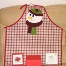 BOŽIČNI SWAP za Suzy-1 Božični predpasnik, CD-božične pesmi, vezena voščilnica, v rdeči š