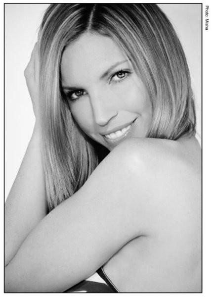 http://s3.mojalbum.com/3683853_3719376_3719383/marlene-maceda-lucia/3719383.jpg
