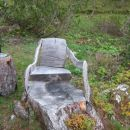Fotelj izdelan iz povsem naravnih materialov.