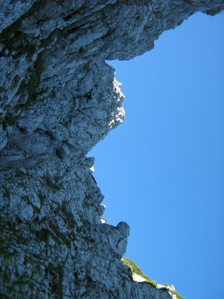 Takole izgleda najbolj izpostavljen del plezanja na Raduho.