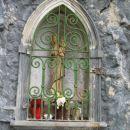Marijina kapelica v bližini sedla Planja.