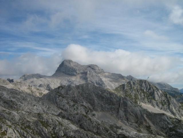 Z Debelega vrha je Triglav kot na dlani.