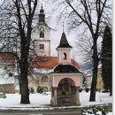 cerkev v centru Ruš