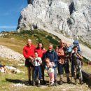 Glede na toliko gor sta dedek in babica izbrala isto pot, tako da smo se na vrhu srečali n