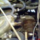 Paše notr, sam clockat bo treba turbino, kompresorski del je za 90° v narobno smer.