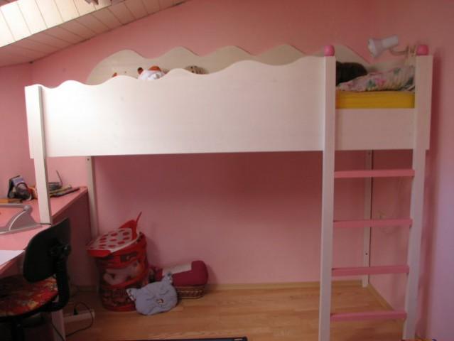 To je soba naše 8 letnice, po moji skici sva jo naredila z možem