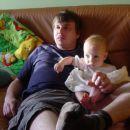 z očkom gledava TV