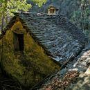 pastirski stan na poti do stene