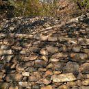 pristop do naslednje stene po ostankih nekdanje vojaške linije, linea cadorna
