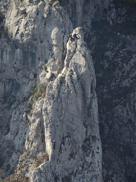 Plezarci v zelenem razu