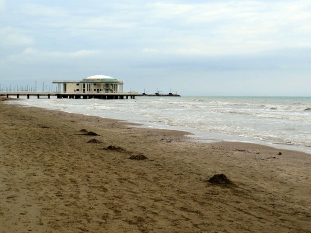 Mivka plaže na kilometre