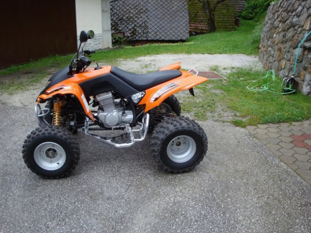 ATV SMC Captain 300 - foto