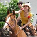 Zara in Eva v Gorjah (Jurjev semenj 2007)