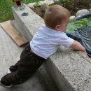 Mečem kamenčke v ribnik