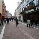Gosposka ulica, na novo odprt Mcdonald.  To mi ni kaj preveč všeč....