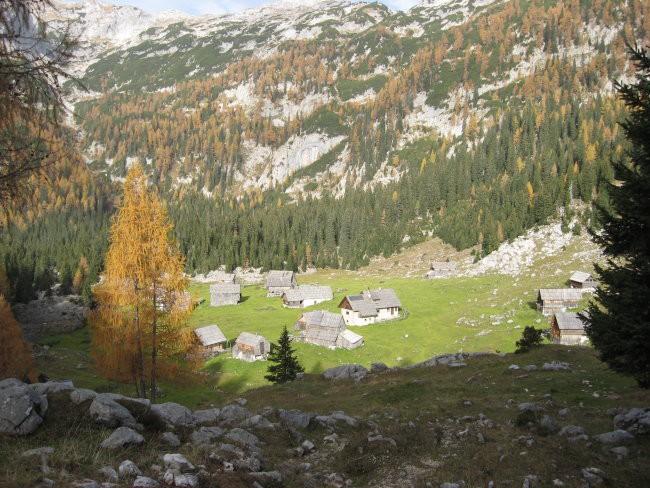 Planina v Lazu je najlepša, če jo gledaš z malo višjega razgledišča.
