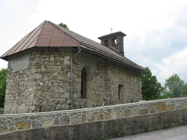 Preprosta cerkvica Sv. Miklavža v Čačičih