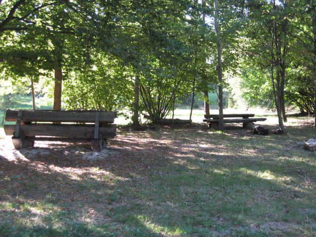 Prijetni prostori za piknik na miklavžu