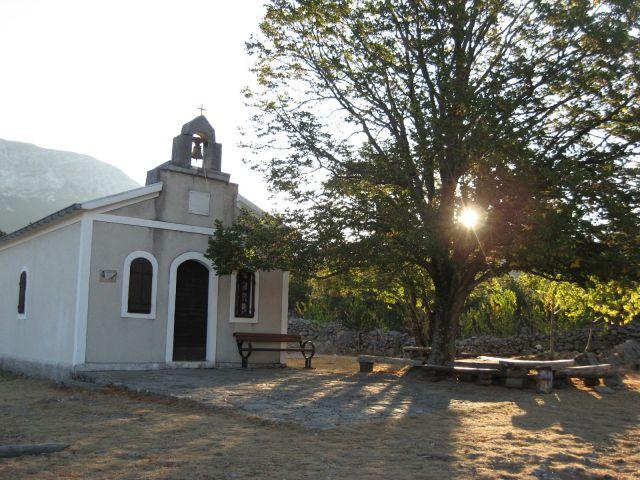 Cerkev velike gospe od rujna, kjer je izhodišče poti