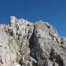 divje skalovje nad potjo