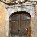 lep stari portal žal propadajoče domačije