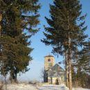sredi gozdov, na jasi vrh hribčka pa skriti sv. lenart