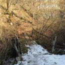 čez led in mostiček na sončno stran doline
