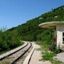 zapuščena železniška postaja zazid