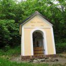 kapelica ob stezi proti Lovrencu
