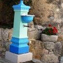 živopisen vodnjak