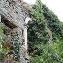 ruševine nad pazinsko jamo