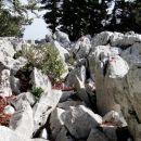 spet je treba čez mnoge skalne ovire