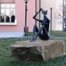 Kip deklice s piščalko v Boljuncu je enak tistemu v Kočevju.
