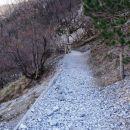 udobna pot po dolini glinščice, tale varianta malo više nad vodo