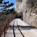 ...do trase bivše železniške proge Kozina - Trst