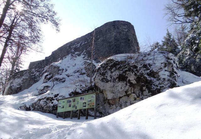 Pod ruševinami gradu Fridrihštajn