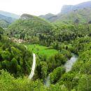 razgled od sv. ane: kolpa in cesta na hrvaški strani