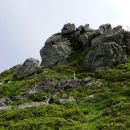 skalne skulpture na vrhu
