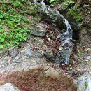 voda teče od vsepovsod...