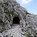 skozi tunel...