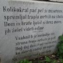 napisi na grobovih in imena so slovenska