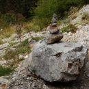 materiala za kamnite možice je dovolj