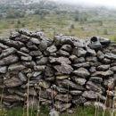 kamniti zid
