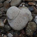 kolpski kamen v obliki srčka